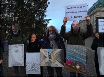 Aktivität in Namen der inhaftierten Anwälte